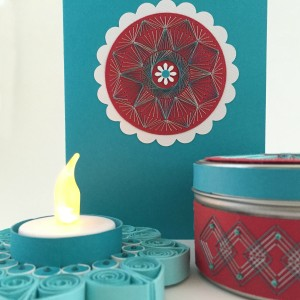 Turq Red CARD Tin Tea Light